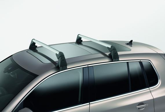Diagram Base Carrier Bars - For vehicles without factory rails - Silver (5N0071126) for your 1995 Volkswagen EuroVan